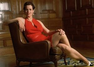 Sigourney Weaver Screensaver Sample Picture 3